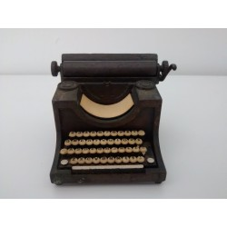 Sacapuntas miniatura máquina de escribir PLAYME