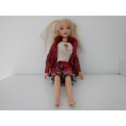 Muñeca tipo Barbie